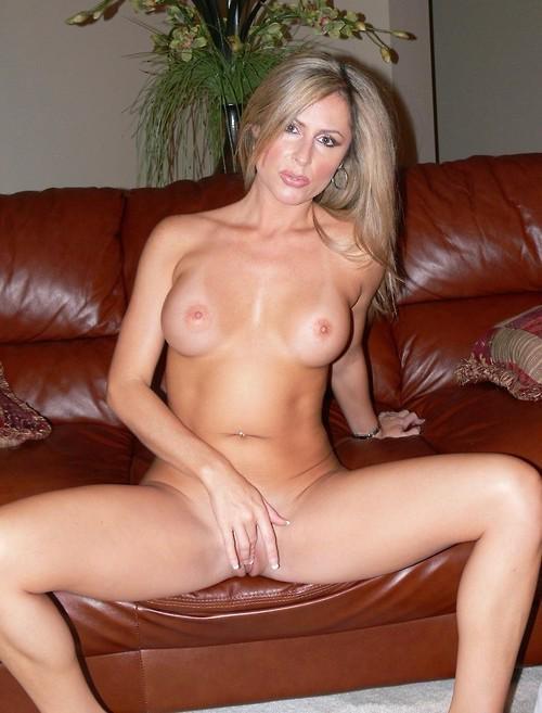 Nude wild new zealand women