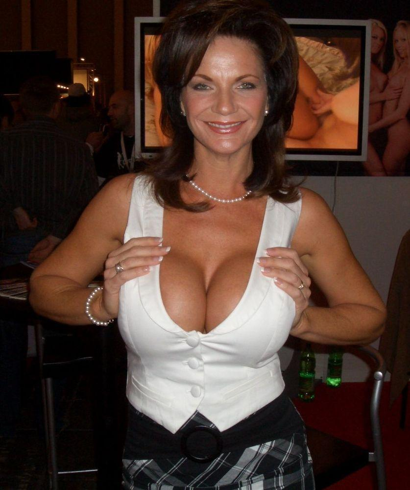 Hot Mom Sex TV - Free Milf porn Videos, Only Sexy Mature Ladies