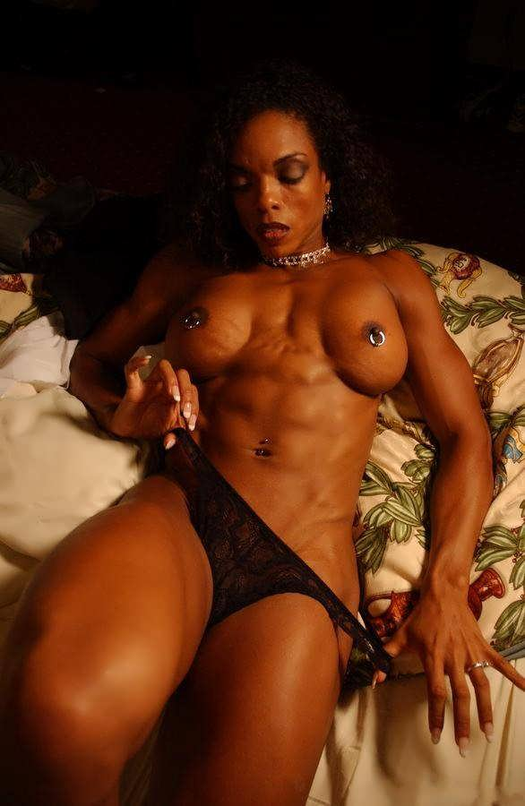 Can free nude black muscle