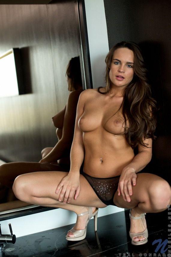 Stefanie scott naked masturebating