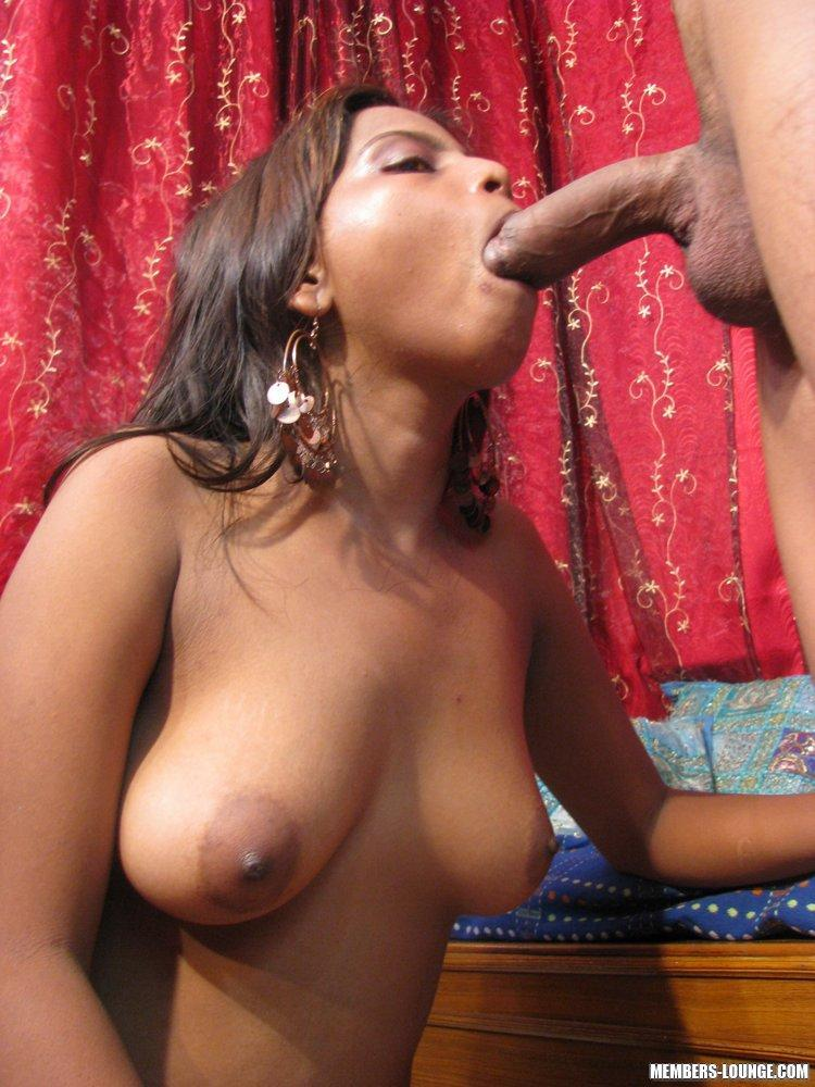Naked indian wife sucking dick
