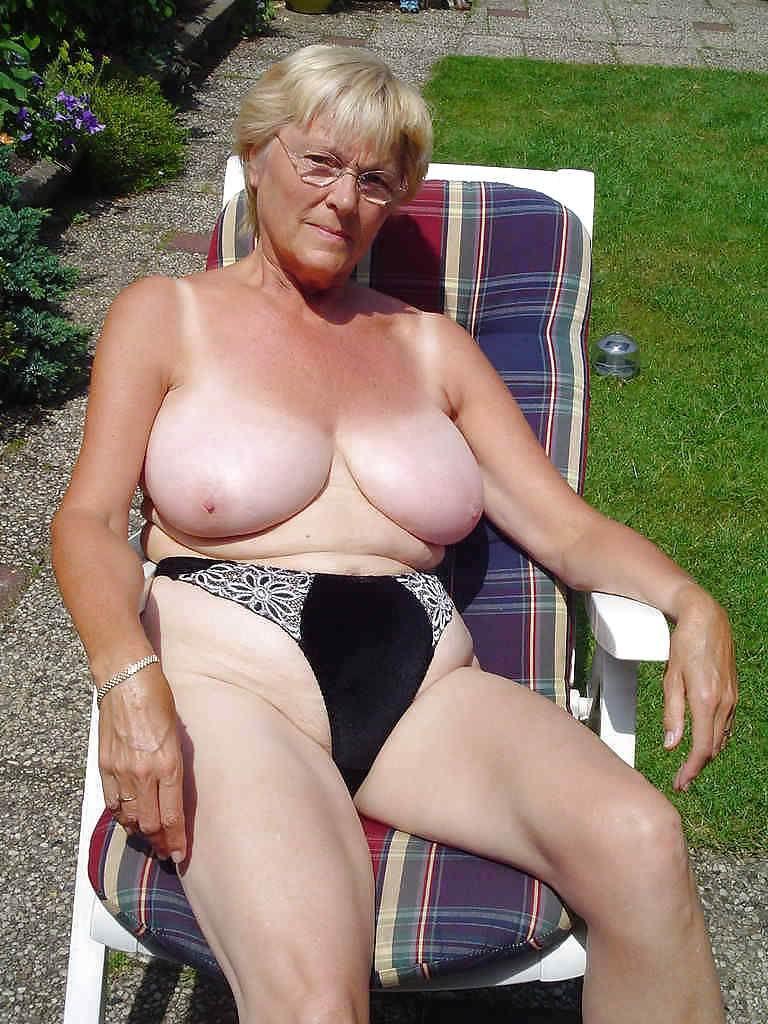 Sexy big boobed horny women