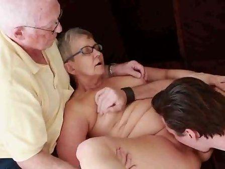 Free mature amateur couple swing
