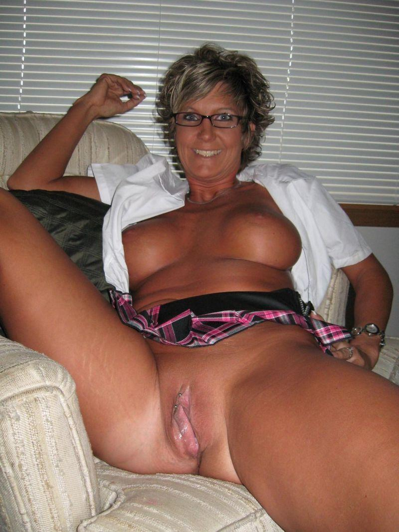 Xxx naked pic download