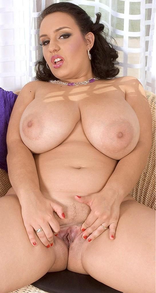 Cinnamon reccomend Beautiful nude fat porn