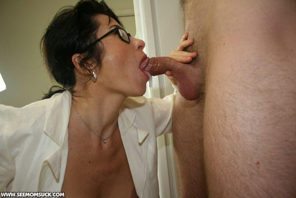 Hot milfs sucking cock