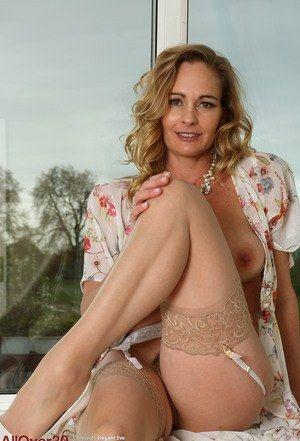 Www boy girl nude com very beautiful