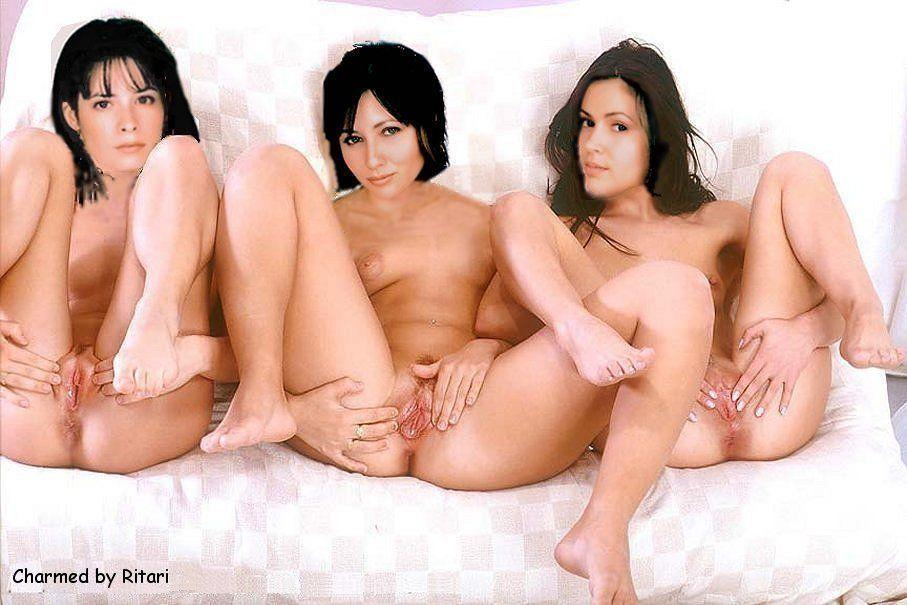 Teen group naked flash