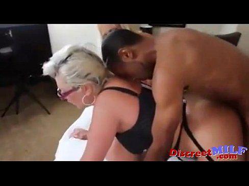 Cougar orgasm tube