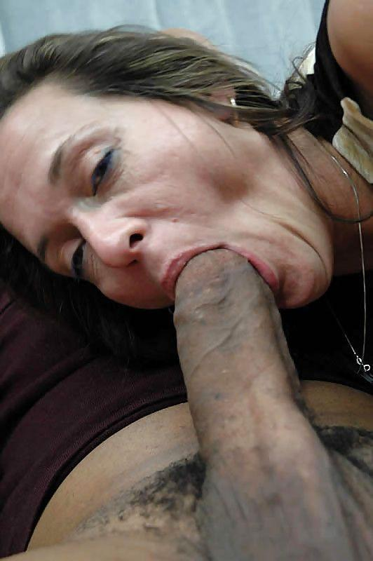 Older horny women giving blow jobs 4