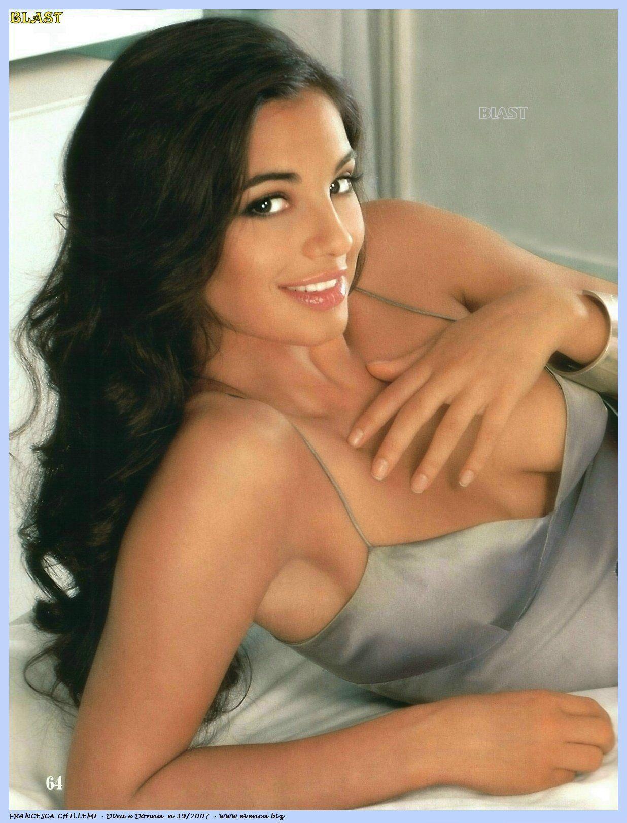 Beautiful erotic women pics