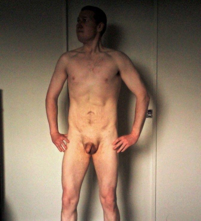 Male uncircumcision nudist