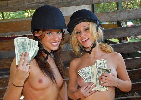 Congratulate, load on slut talks money street amusing opinion