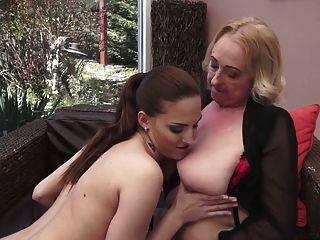 Lesbianj fuckin orgasm videis