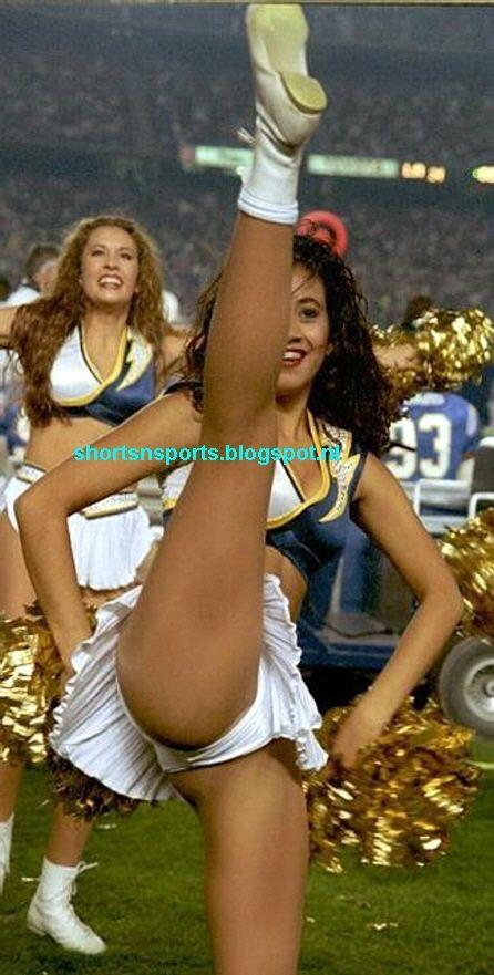 Cheerleader spread legs vagina slip