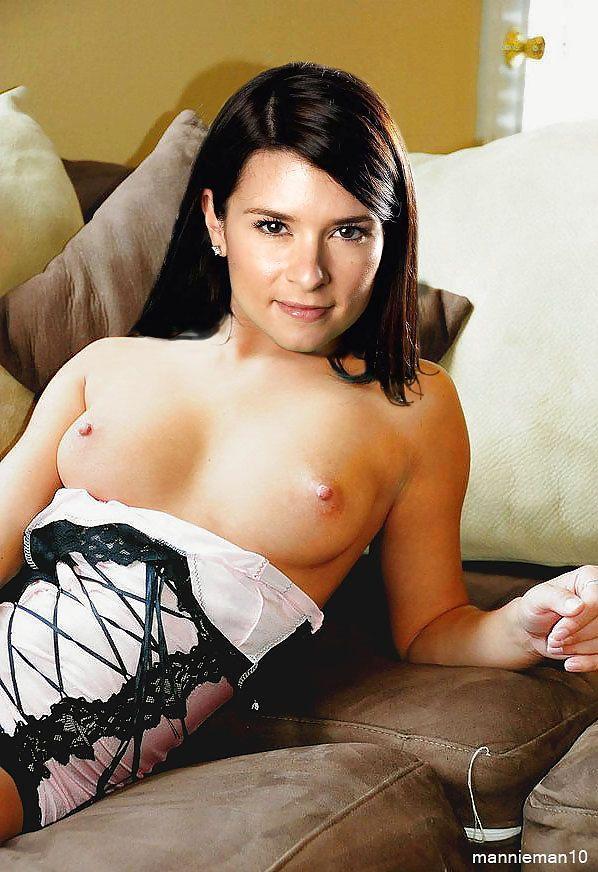 Yvette nicole brown nude