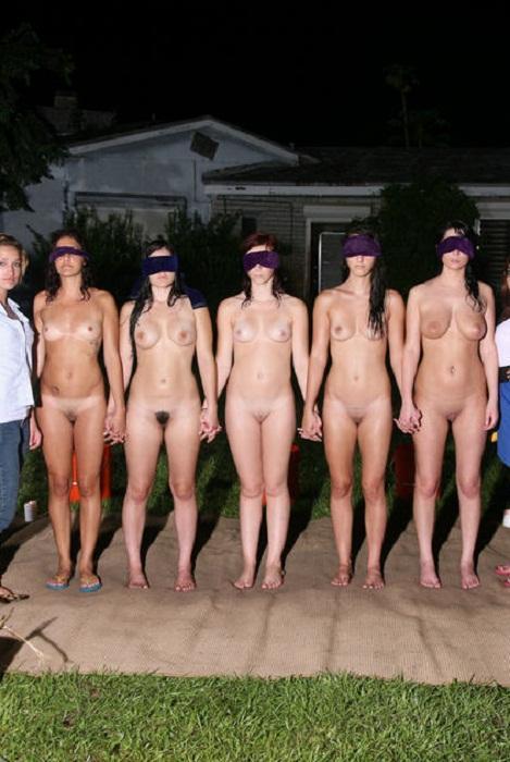 Pictures of naken men