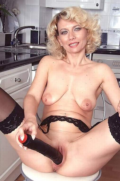 Adult female naked bottom