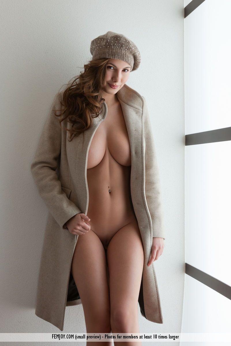 Good nude women soft porn