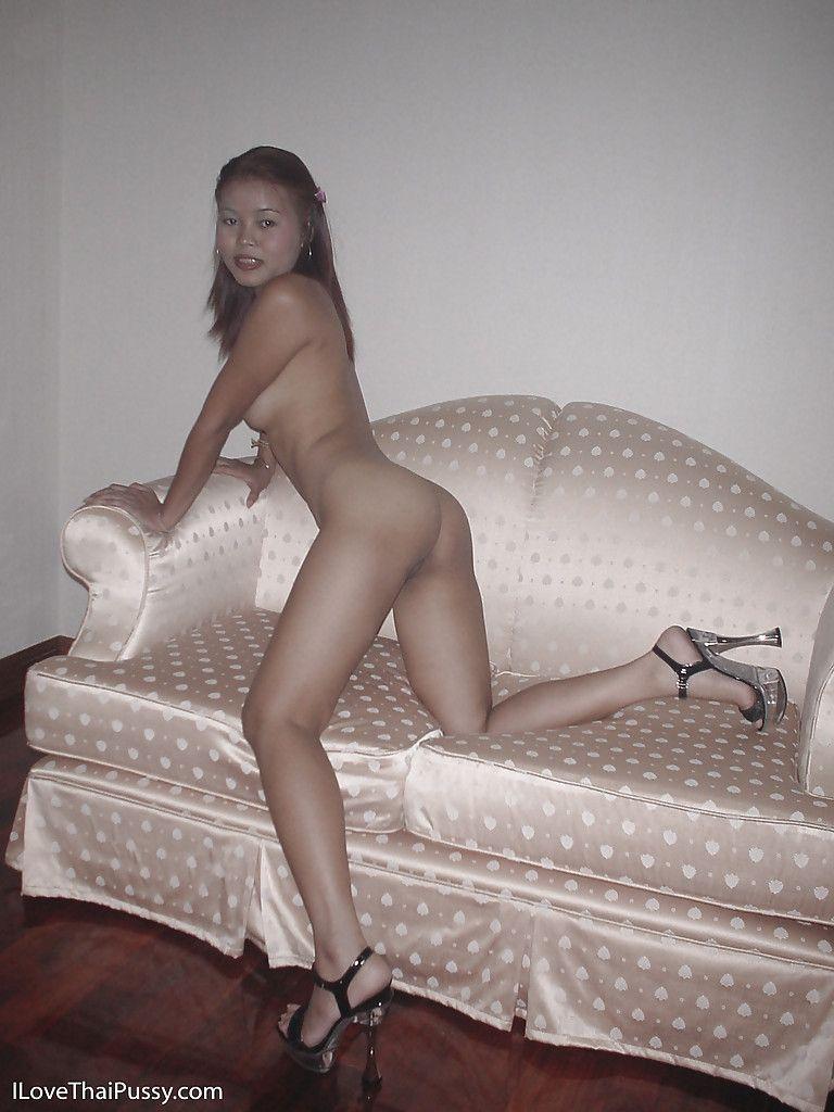 Big booty nude 2018 gif