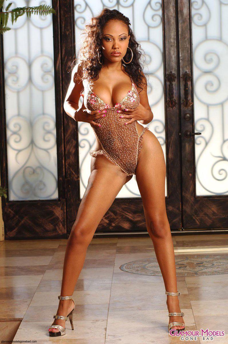 Angelique i love money nude