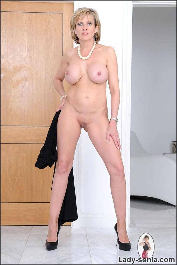 Lady sonia smith porn please
