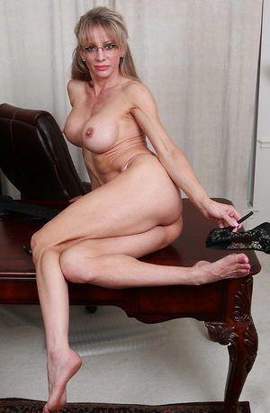 Keli richards nude hairy pussy