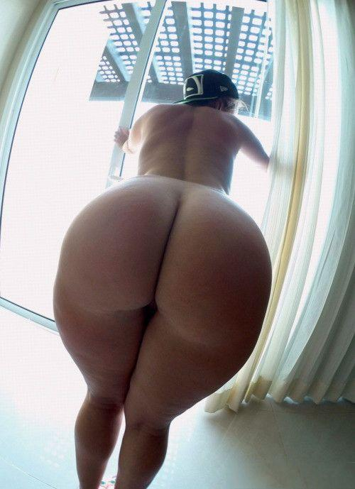 Nude photos of wonder woman