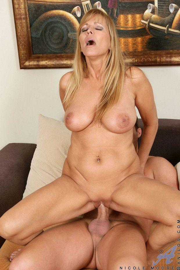 Opinion nude middle aged milf possible fill