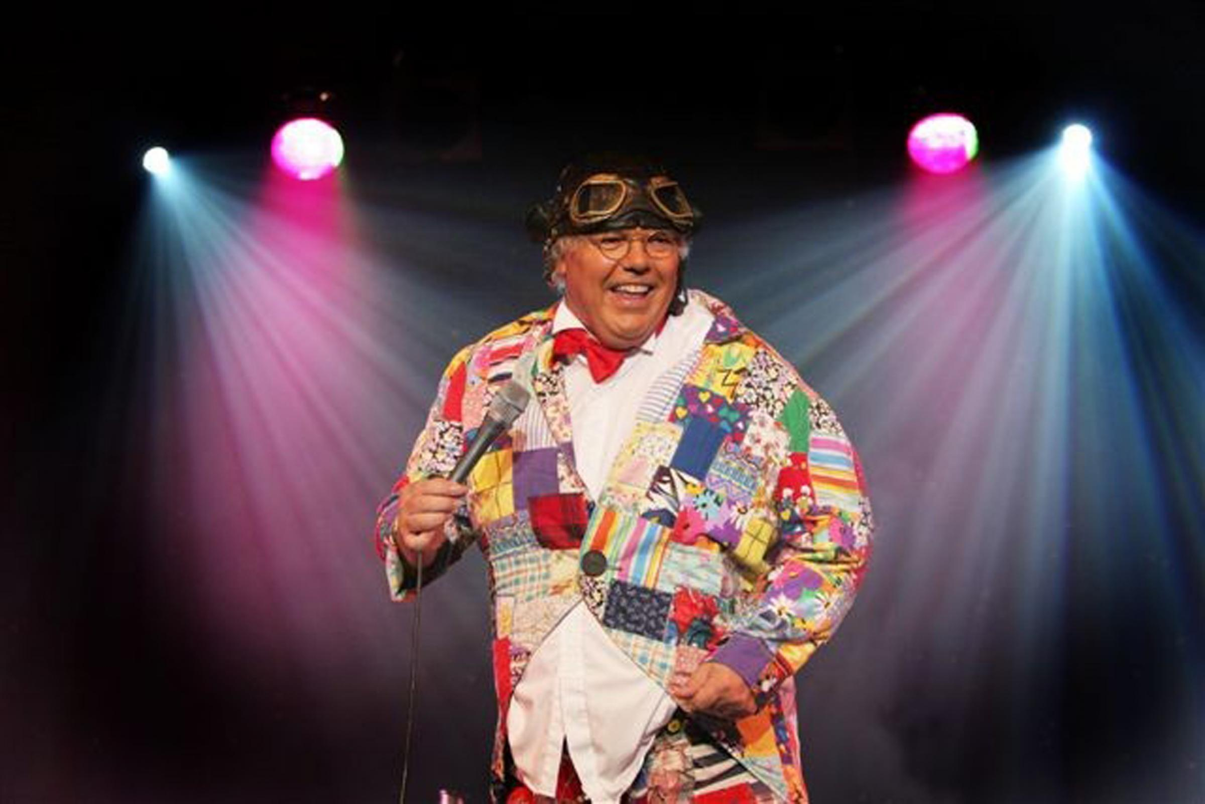 Snickers reccomend Roy chubby brown stage dates