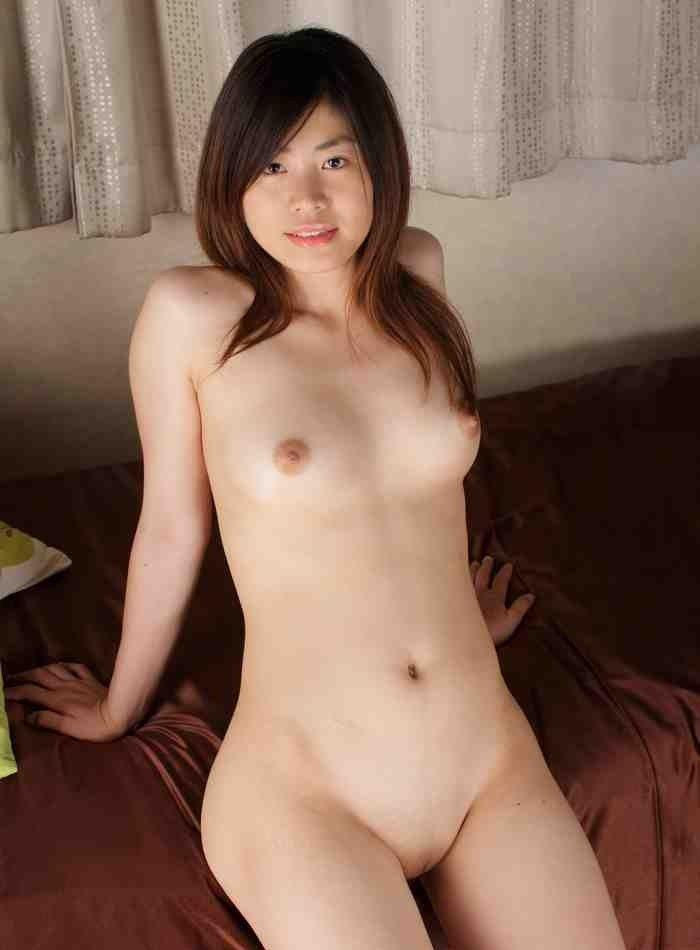 Non nude model girl